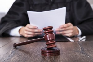 Как правильно подать заявление в суд?