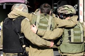 Как происходит увольнение при военной травме?