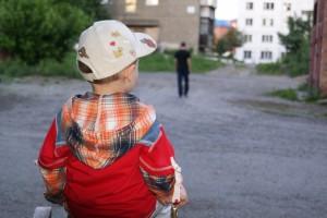 Как взыскать алименты с родителей должника?