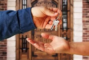 Как компенсировать расходы по найму жилья?