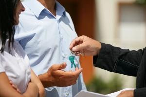 Как можно приватизировать служебную квартиру