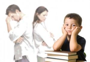 Как взыскать алименты на малолетнего ребенка?