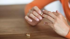 Прекращение выплаты алиментов на жену
