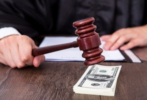 В каких случаях государством выплачиваются алименты?
