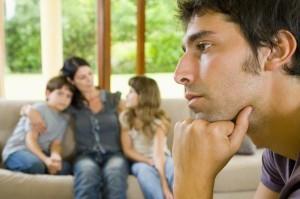 Что делать, если бывший муж платит маленькие алименты?