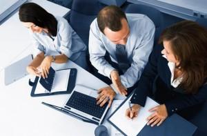 Оказание консультаций по скорой юридической помощи