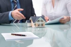 Когда понадобится правовая поддержка по жилищным вопросам?