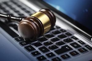 Преимущества юридической помощи по интернету
