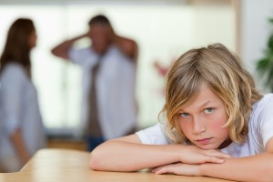 Как можно взыскать алименты без развода?