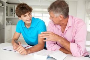 Как выплачиваются алименты на совершеннолетних детей?