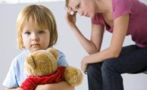 Как взыскать алименты на мать ребенка?