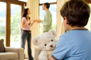 Как взыскать алименты с матери ребенка?