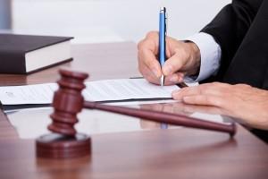Как взыскать алименты в судебном процессе?