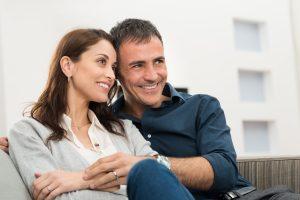 Как наследует имущество переживший супруг?