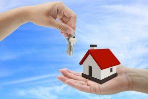 Как наследуется дом по завещанию?