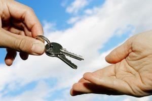 Как происходит расторжение приватизации квартиры