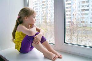 Как происходит приватизация квартиры с прописанным ребенком?