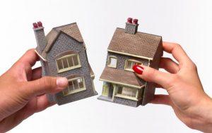 Как происходит раздел жилого дома на квартиры?