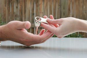 Как продать квартиру после развода