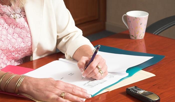 Как грамотно составить заявление на Управляющую компанию в прокуратуру?