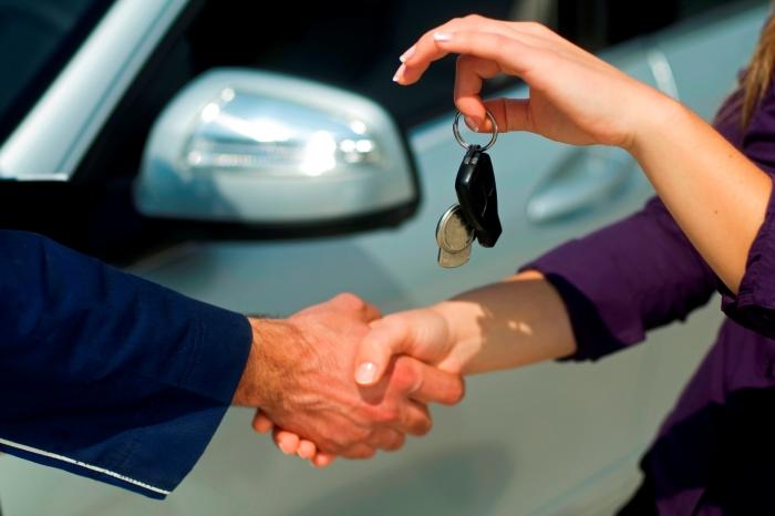 Как оформить договор аренды автомобиля между физическим лицом и организацией?