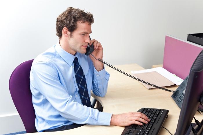 Когда может понадобиться консультация юриста по телефону?