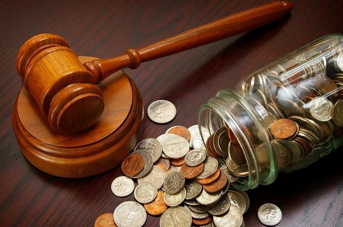 Уменьшение неустойки судом