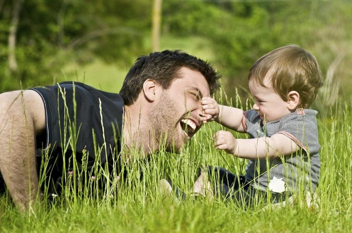 Общение отца с ребенком