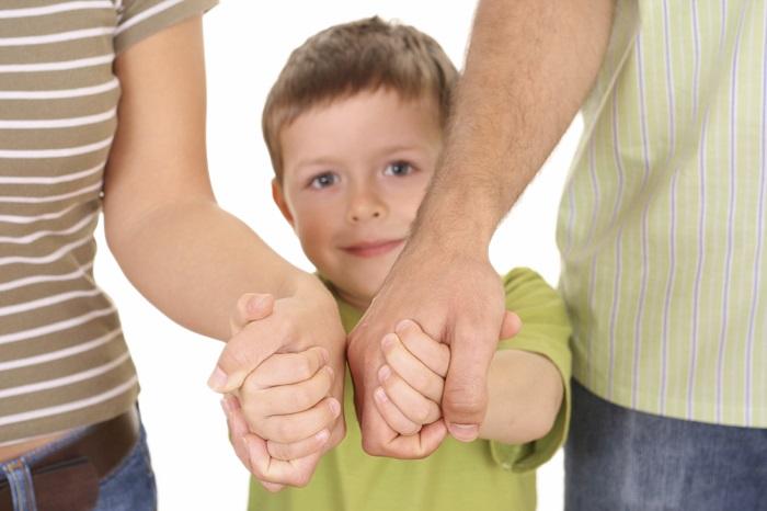 Как передают ребенка в приемную семью