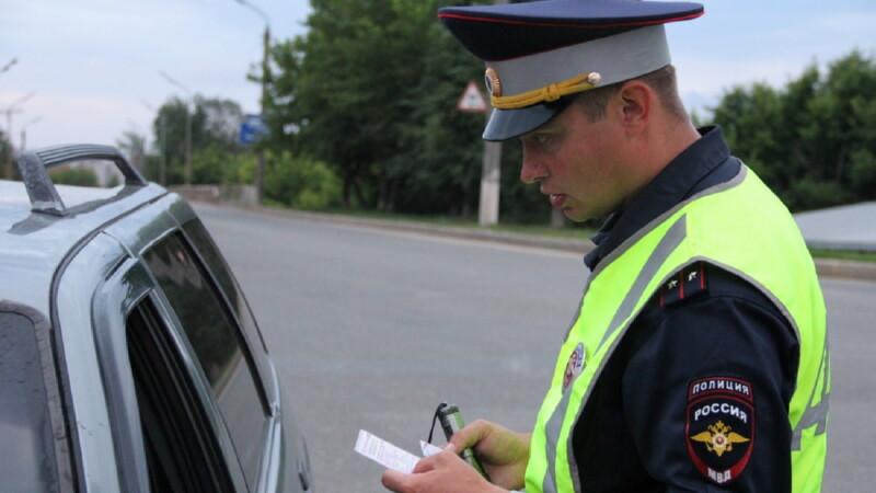 Действия водителя при проверке на дороге